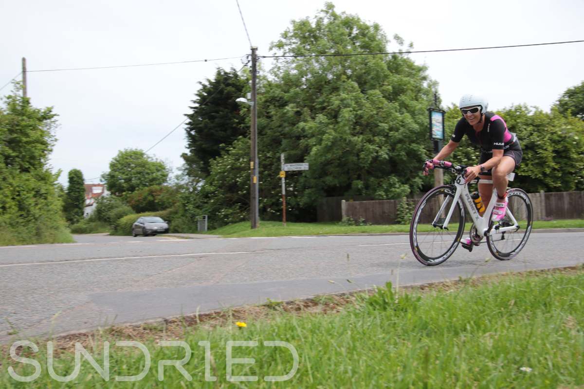 Southend-Triathlon-Cycle-Photos-in-Barling-Corner-018.jpg
