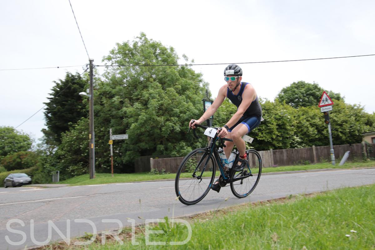Southend-Triathlon-Cycle-Photos-in-Barling-Corner-019.jpg