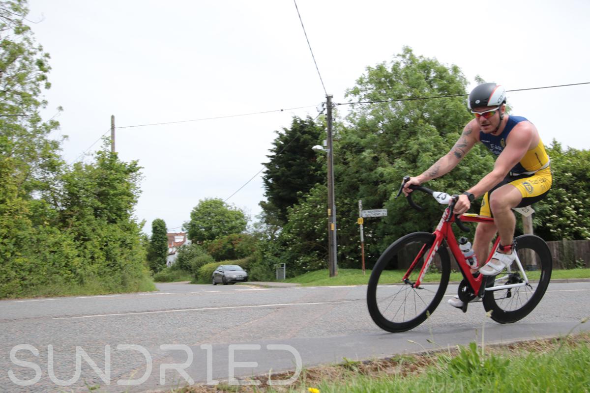 Southend-Triathlon-Cycle-Photos-in-Barling-Corner-020.jpg