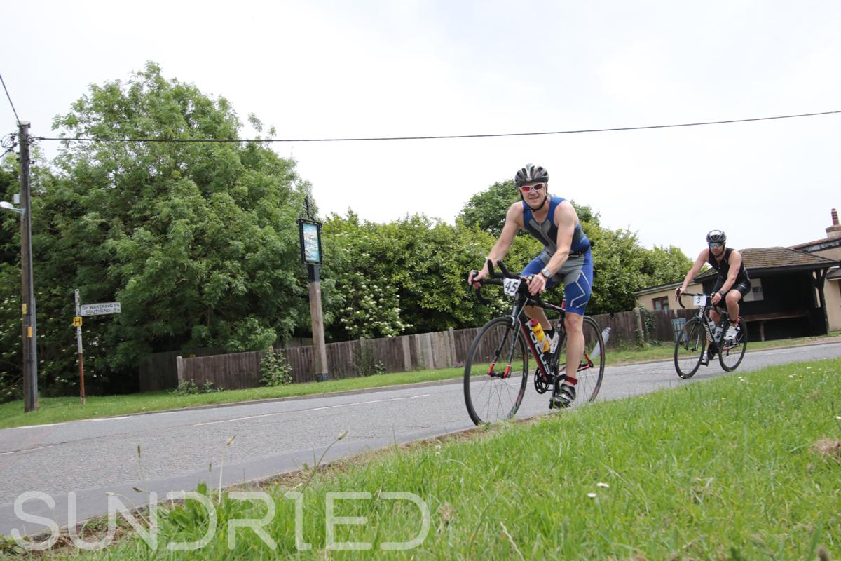 Southend-Triathlon-Cycle-Photos-in-Barling-Corner-021.jpg