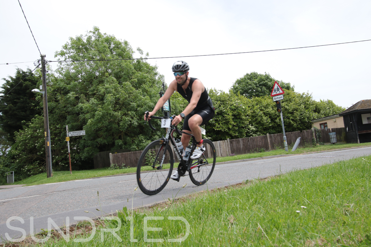 Southend-Triathlon-Cycle-Photos-in-Barling-Corner-022.jpg