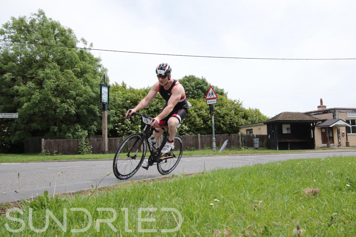 Southend-Triathlon-Cycle-Photos-in-Barling-Corner-024.jpg