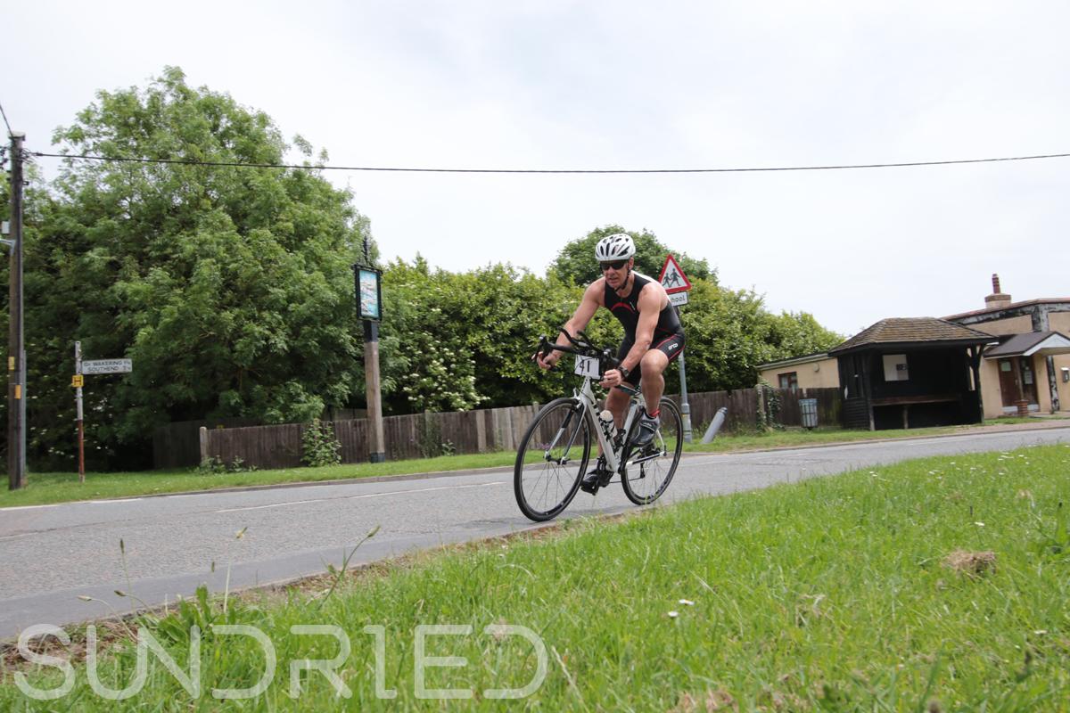 Southend-Triathlon-Cycle-Photos-in-Barling-Corner-028.jpg