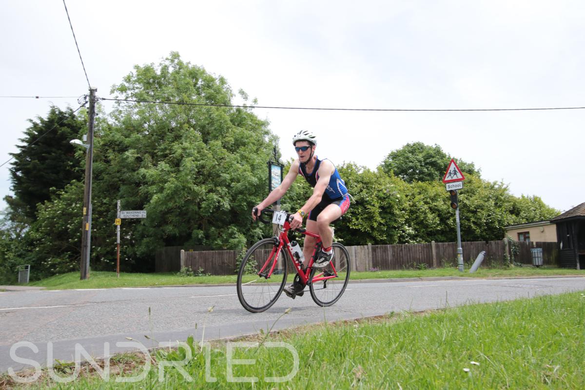 Southend-Triathlon-Cycle-Photos-in-Barling-Corner-031.jpg