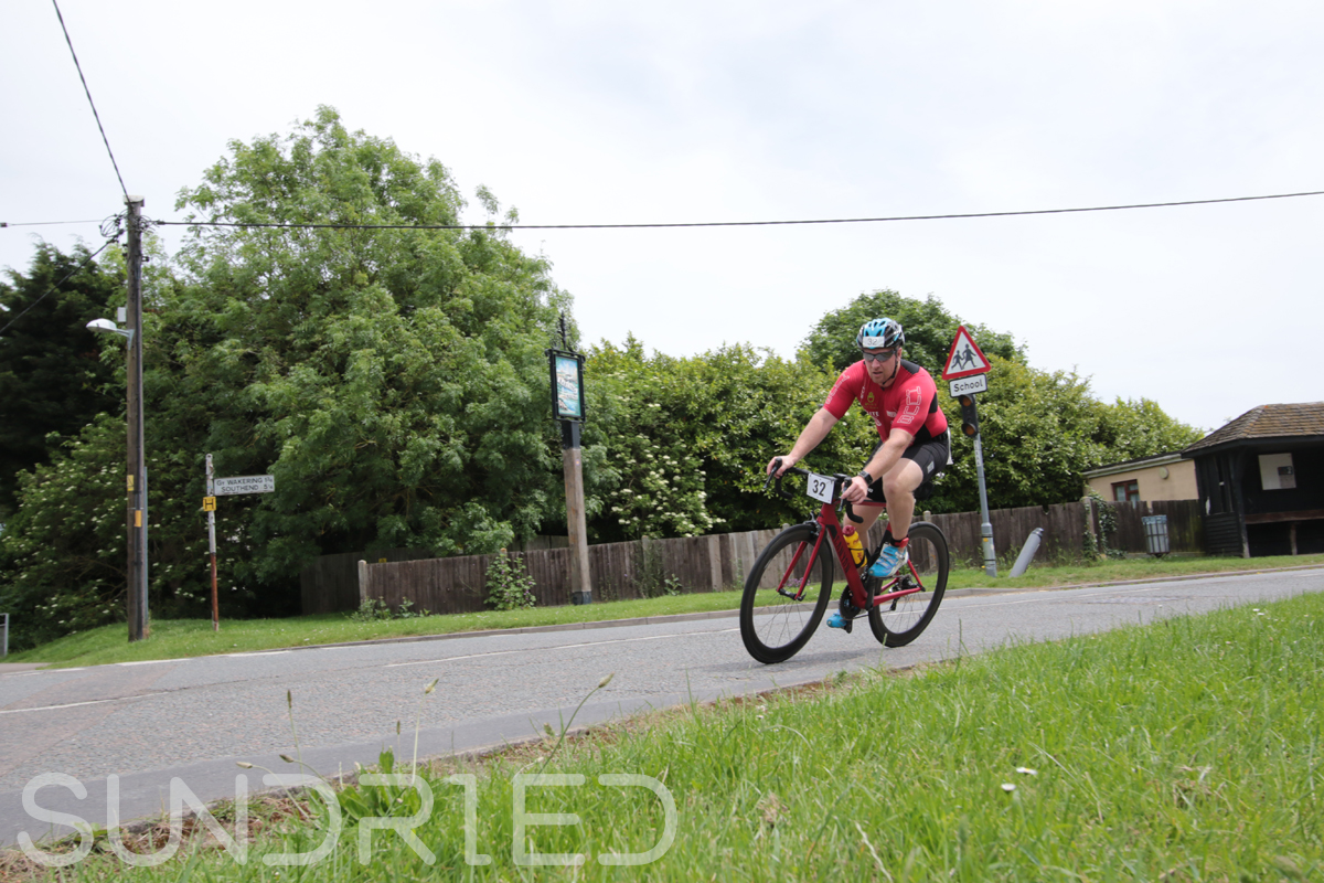 Southend-Triathlon-Cycle-Photos-in-Barling-Corner-032.jpg