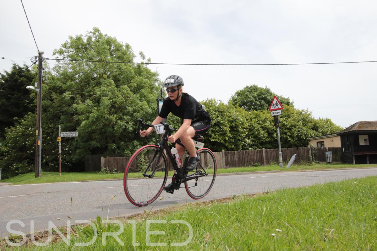 Southend-Triathlon-Cycle-Photos-in-Barling-Corner-036.jpg