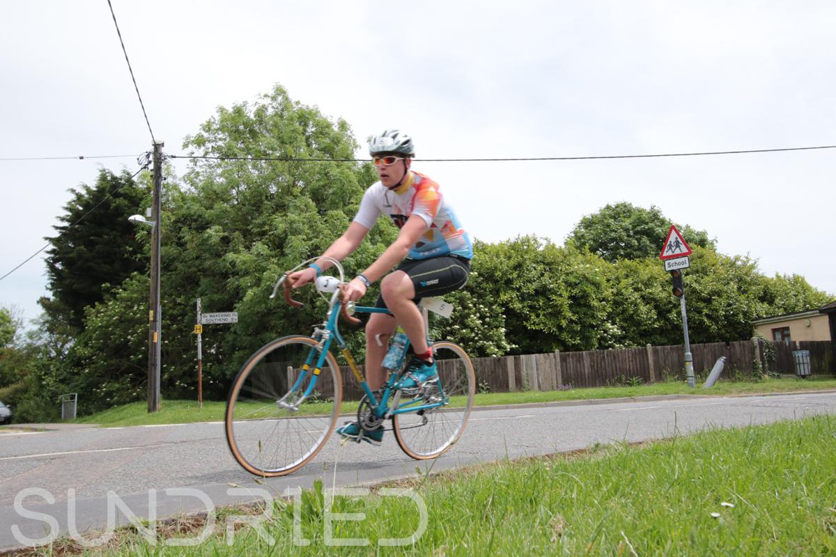 Southend-Triathlon-Cycle-Photos-in-Barling-Corner-043.jpg