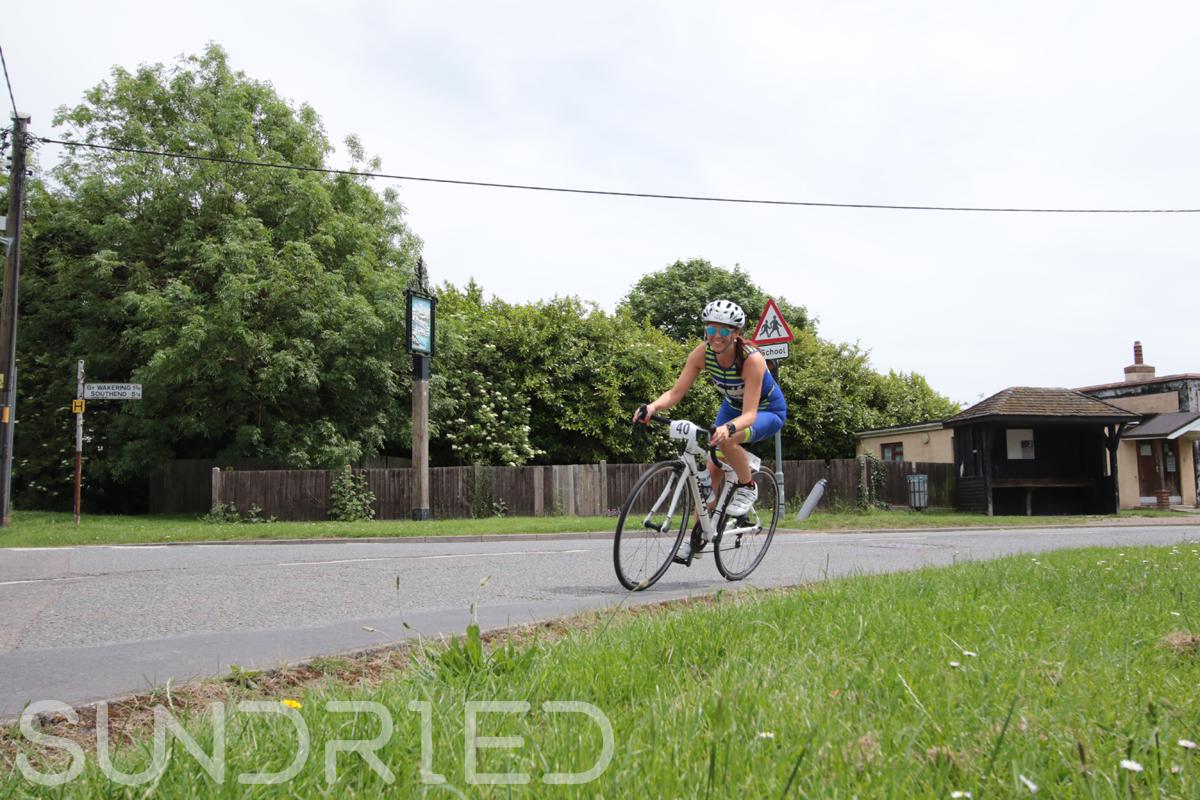 Southend-Triathlon-Cycle-Photos-in-Barling-Corner-044.jpg