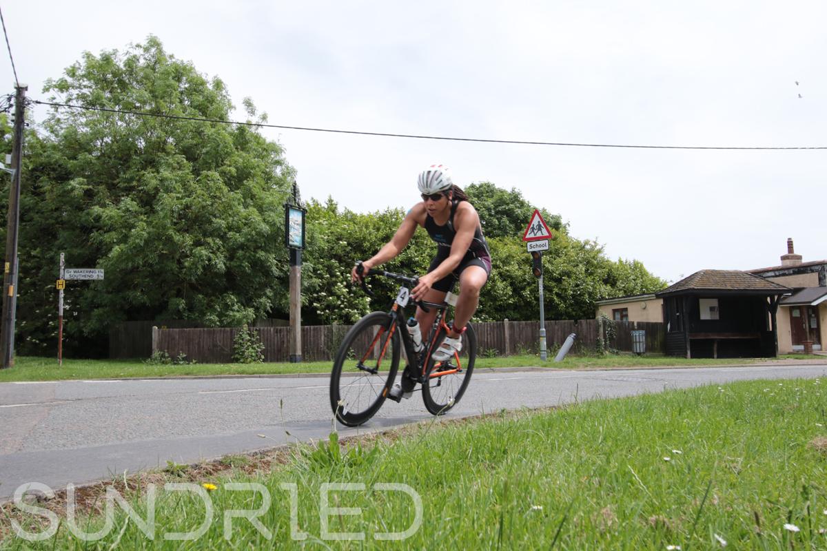 Southend-Triathlon-Cycle-Photos-in-Barling-Corner-046.jpg
