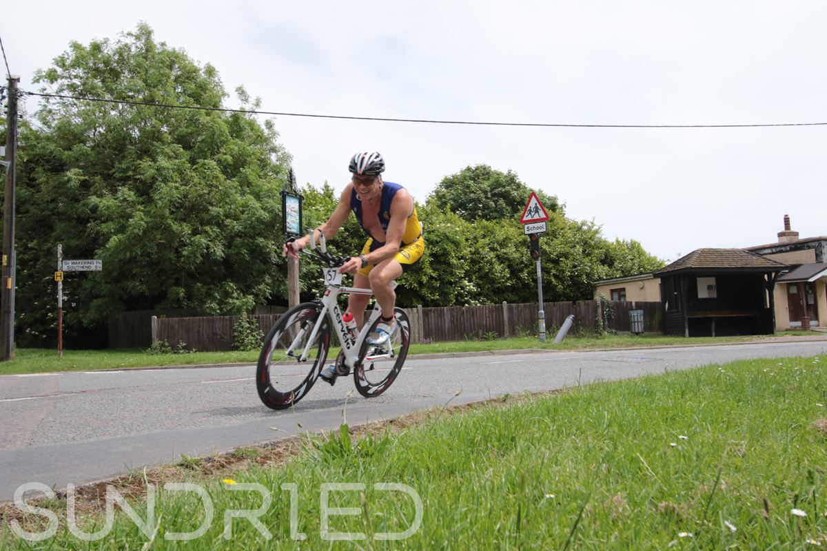 Southend-Triathlon-Cycle-Photos-in-Barling-Corner-051.jpg