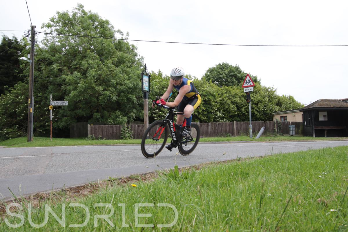 Southend-Triathlon-Cycle-Photos-in-Barling-Corner-059.jpg