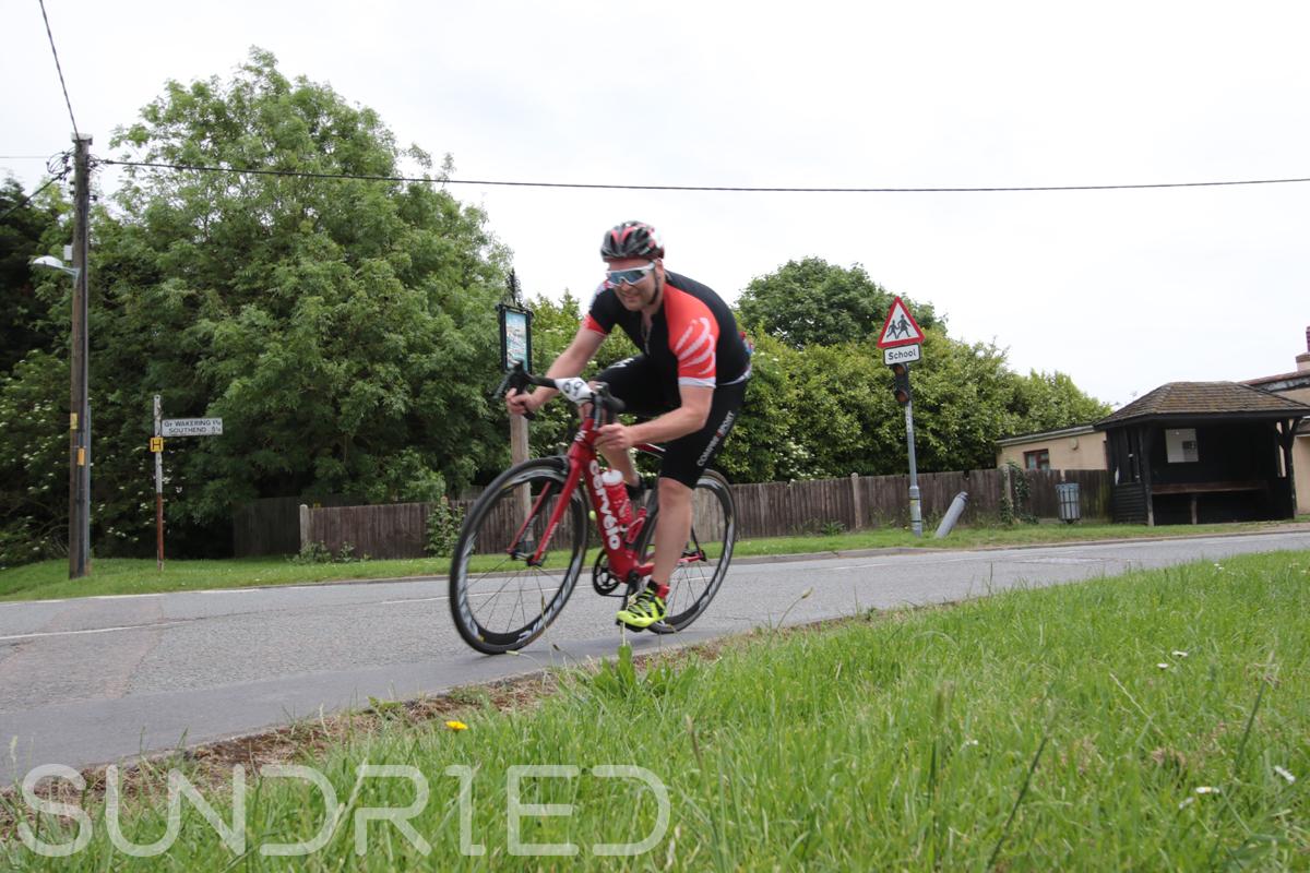 Southend-Triathlon-Cycle-Photos-in-Barling-Corner-060.jpg