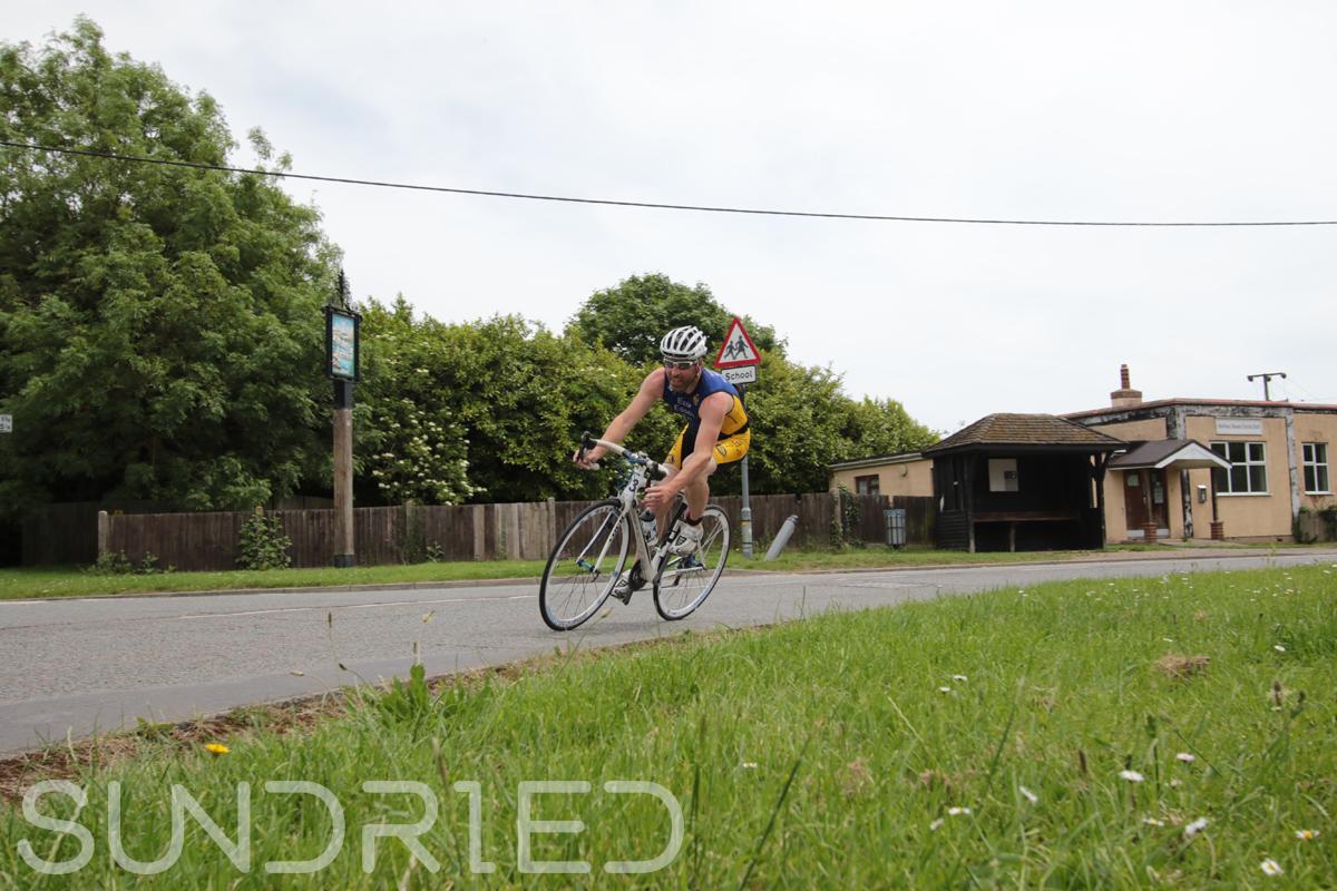 Southend-Triathlon-Cycle-Photos-in-Barling-Corner-063.jpg