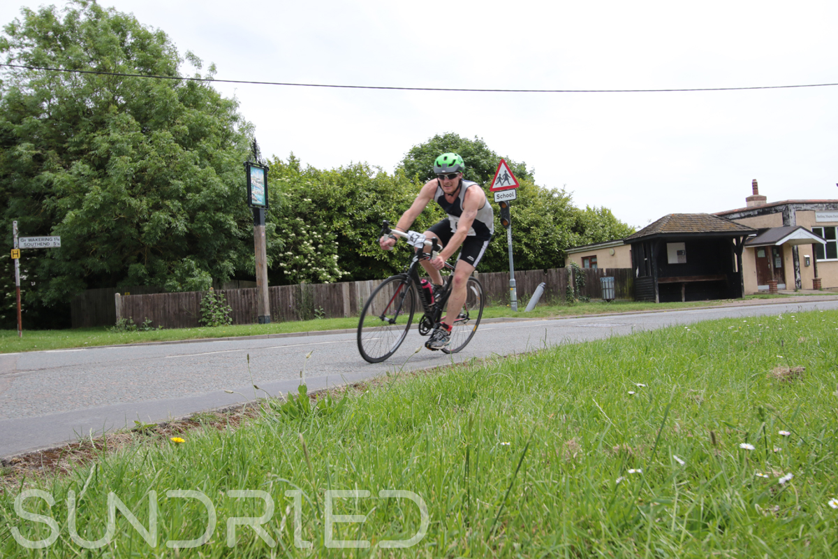 Southend-Triathlon-Cycle-Photos-in-Barling-Corner-065.jpg
