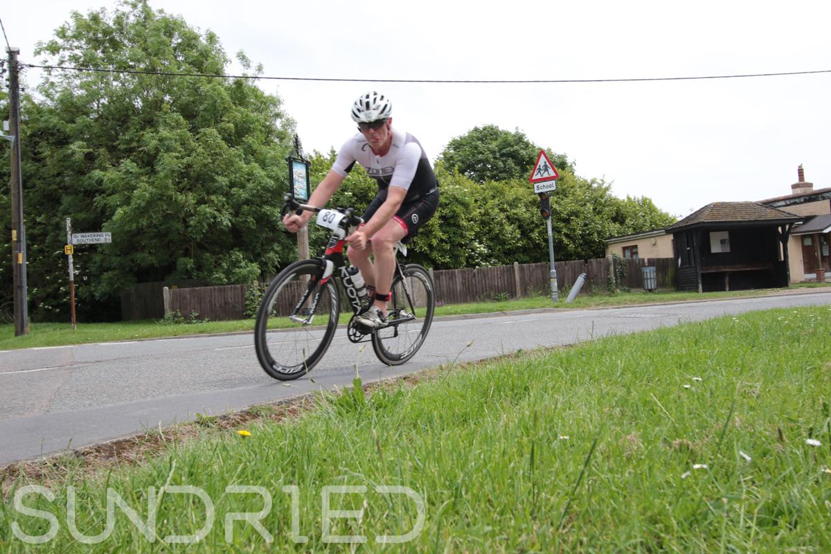 Southend-Triathlon-Cycle-Photos-in-Barling-Corner-068.jpg
