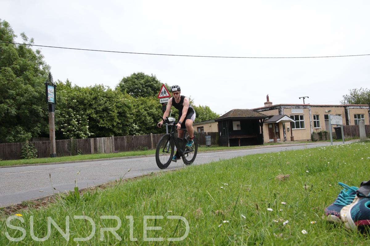 Southend-Triathlon-Cycle-Photos-in-Barling-Corner-072.jpg