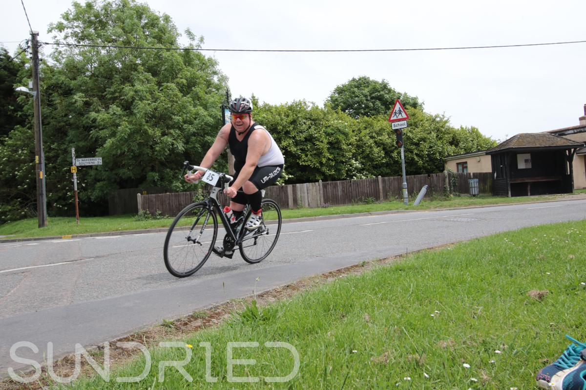 Southend-Triathlon-Cycle-Photos-in-Barling-Corner-076.jpg