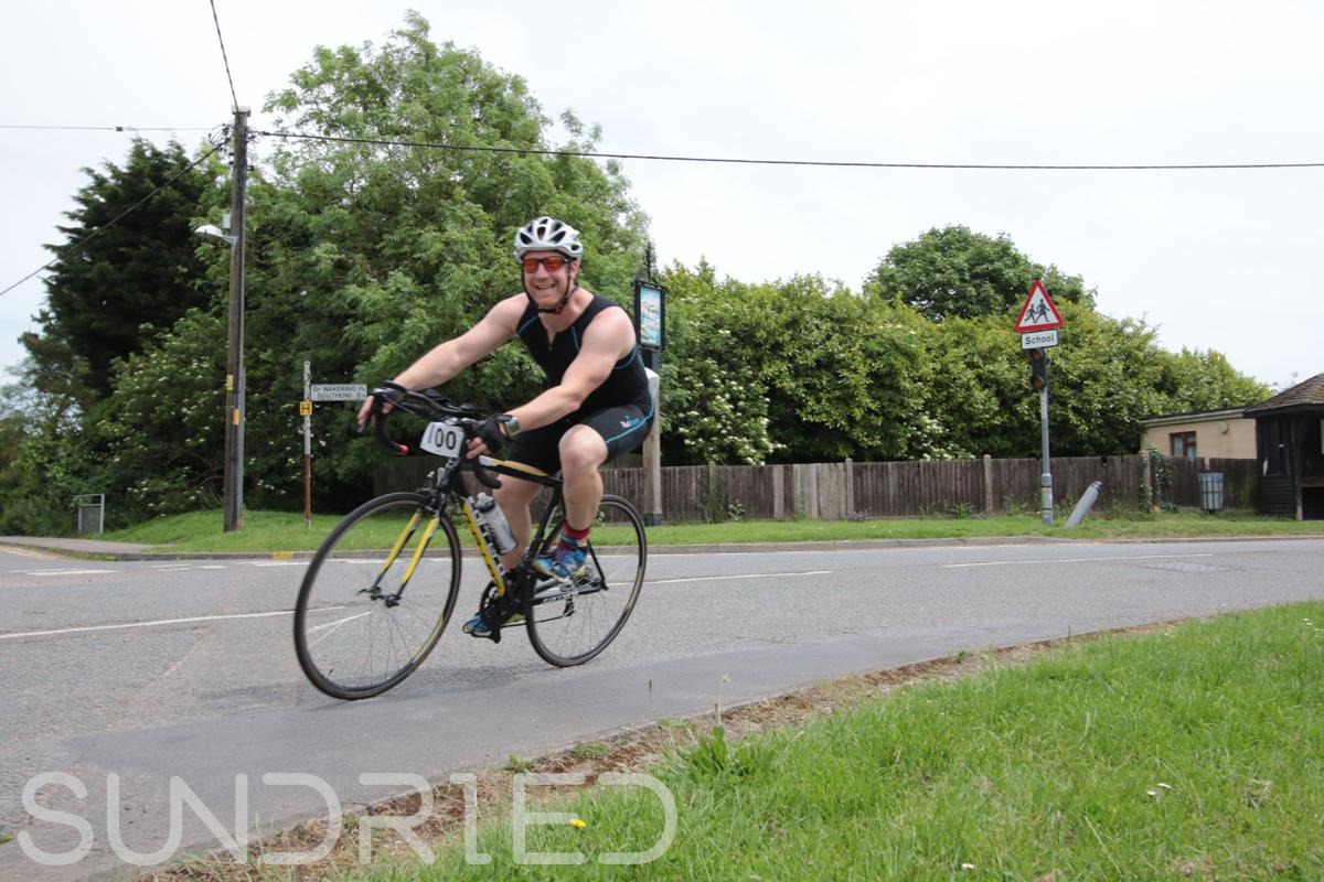 Southend-Triathlon-Cycle-Photos-in-Barling-Corner-078.jpg