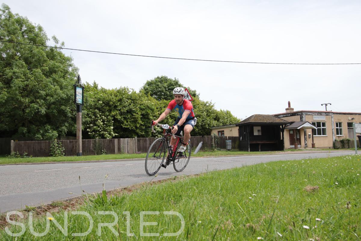 Southend-Triathlon-Cycle-Photos-in-Barling-Corner-080.jpg