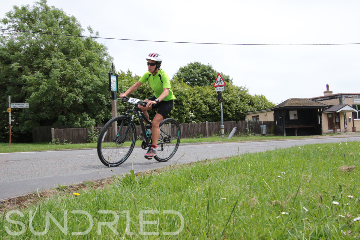 Southend-Triathlon-Cycle-Photos-in-Barling-Corner-081.jpg