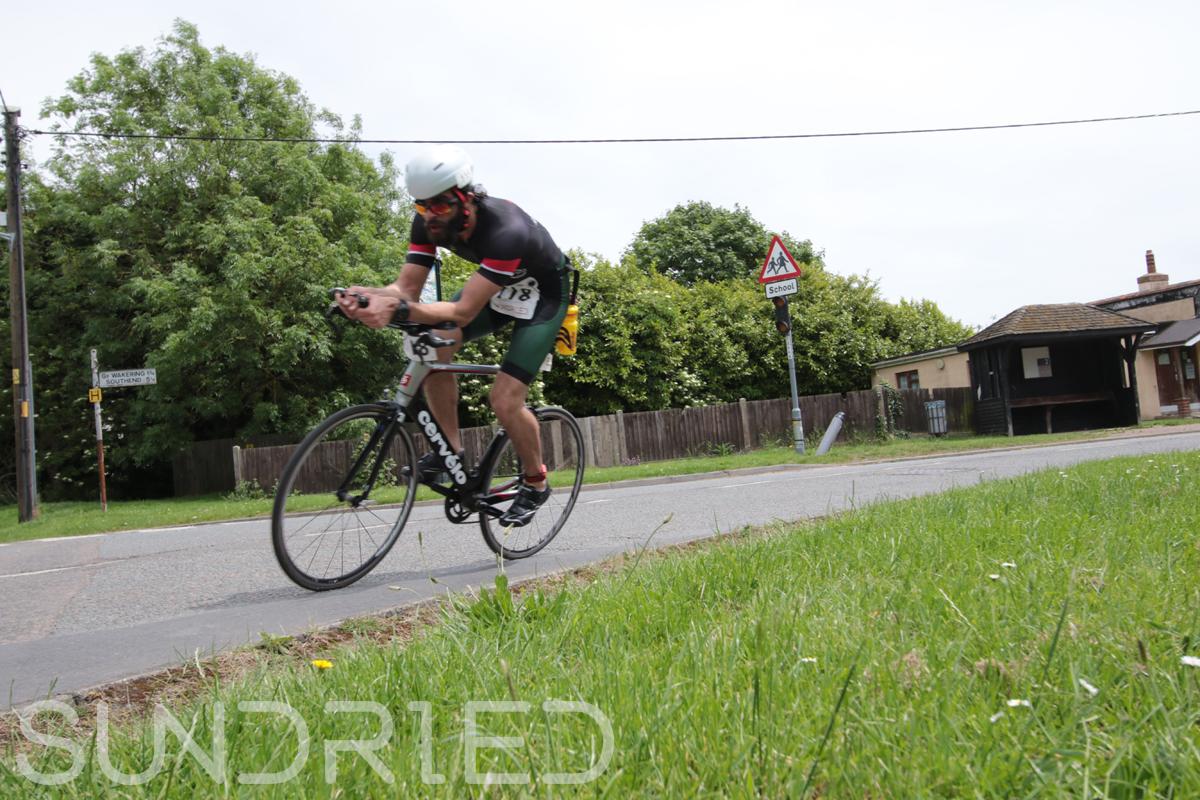 Southend-Triathlon-Cycle-Photos-in-Barling-Corner-082.jpg