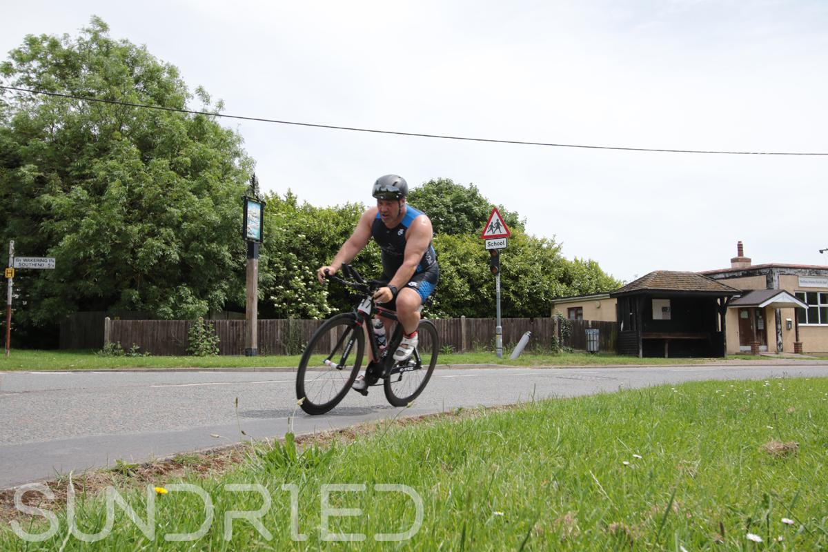 Southend-Triathlon-Cycle-Photos-in-Barling-Corner-086.jpg