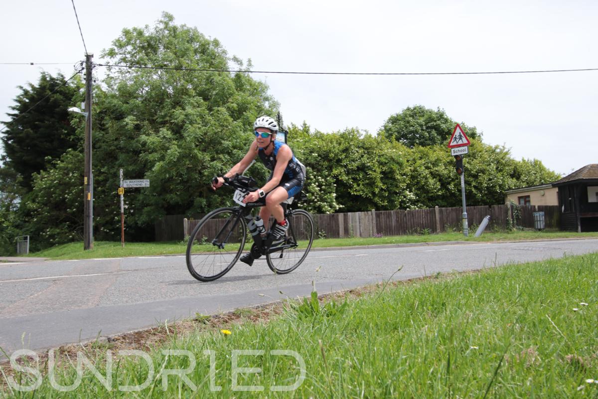 Southend-Triathlon-Cycle-Photos-in-Barling-Corner-088.jpg