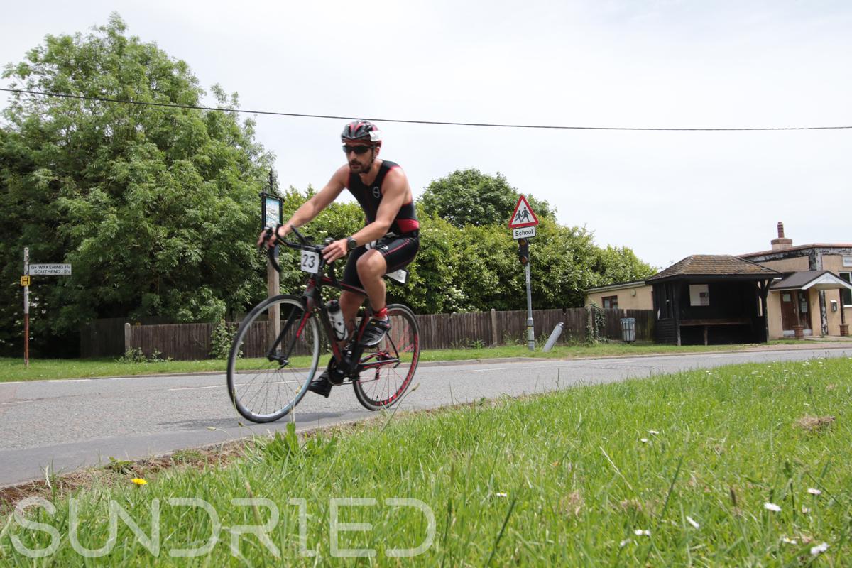 Southend-Triathlon-Cycle-Photos-in-Barling-Corner-092.jpg
