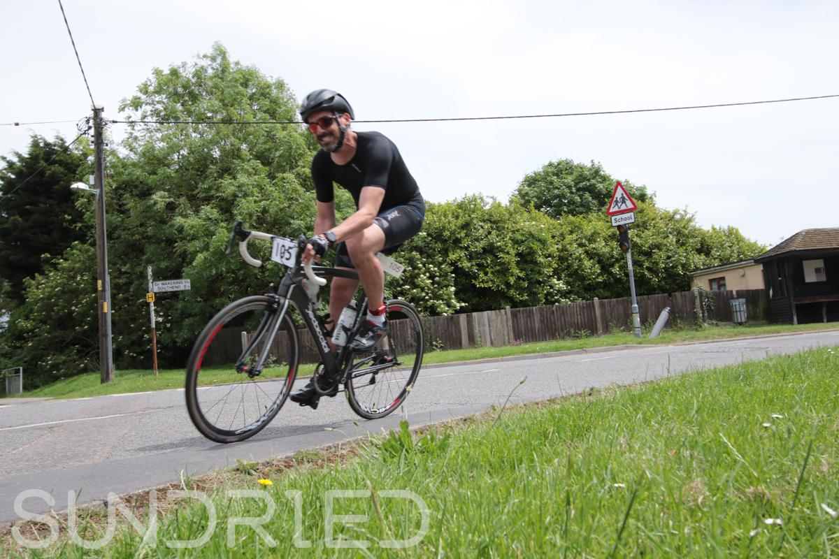 Southend-Triathlon-Cycle-Photos-in-Barling-Corner-094.jpg