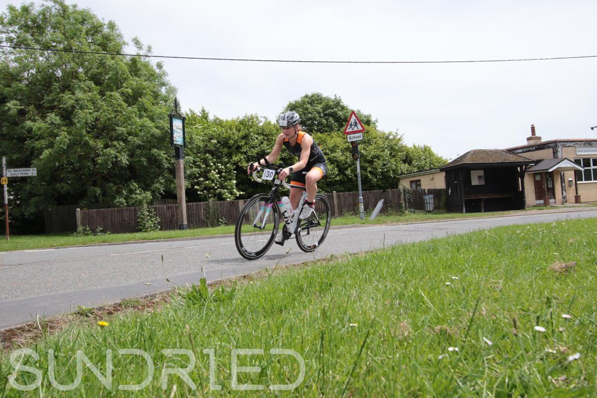 Southend-Triathlon-Cycle-Photos-in-Barling-Corner-095.jpg