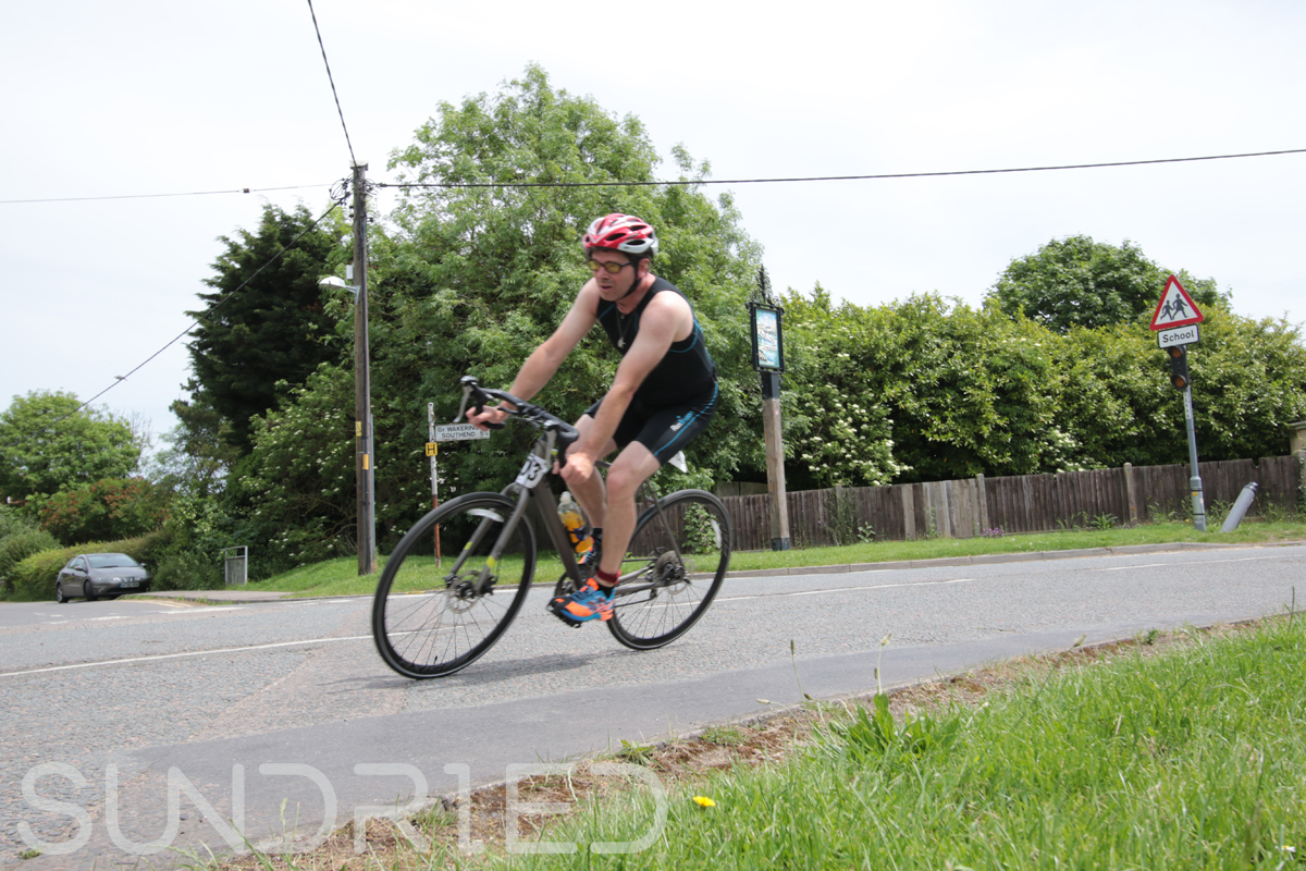 Southend-Triathlon-Cycle-Photos-in-Barling-Corner-097.jpg