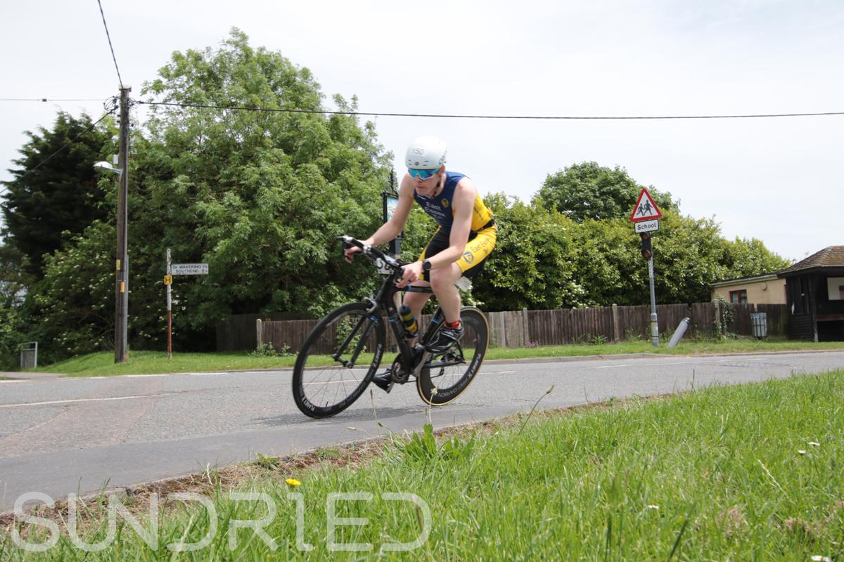 Southend-Triathlon-Cycle-Photos-in-Barling-Corner-103.jpg