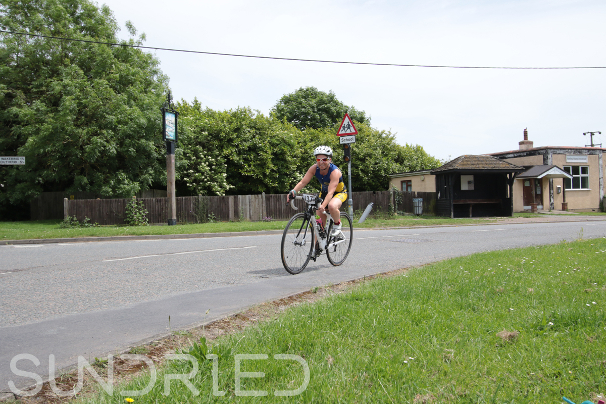 Southend-Triathlon-Cycle-Photos-in-Barling-Corner-108.jpg