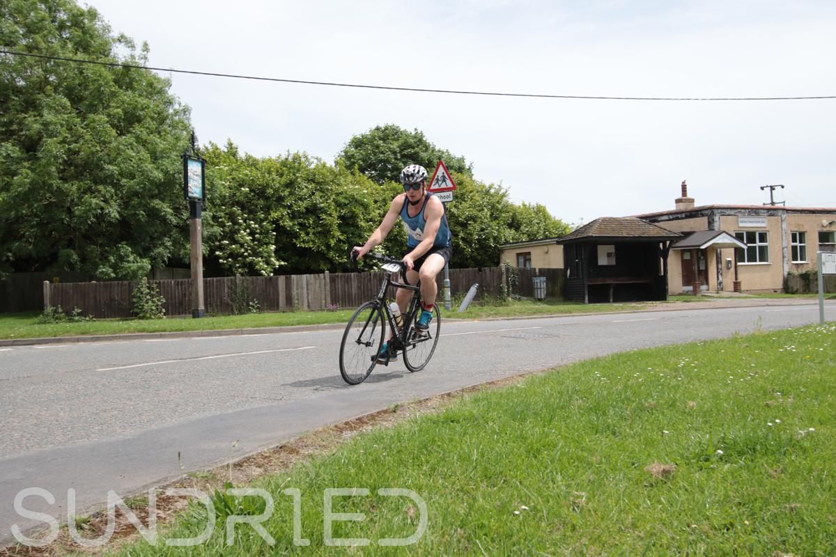 Southend-Triathlon-Cycle-Photos-in-Barling-Corner-112.jpg