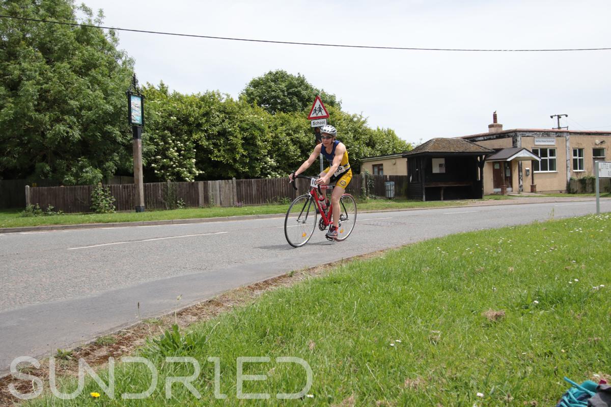 Southend-Triathlon-Cycle-Photos-in-Barling-Corner-114.jpg