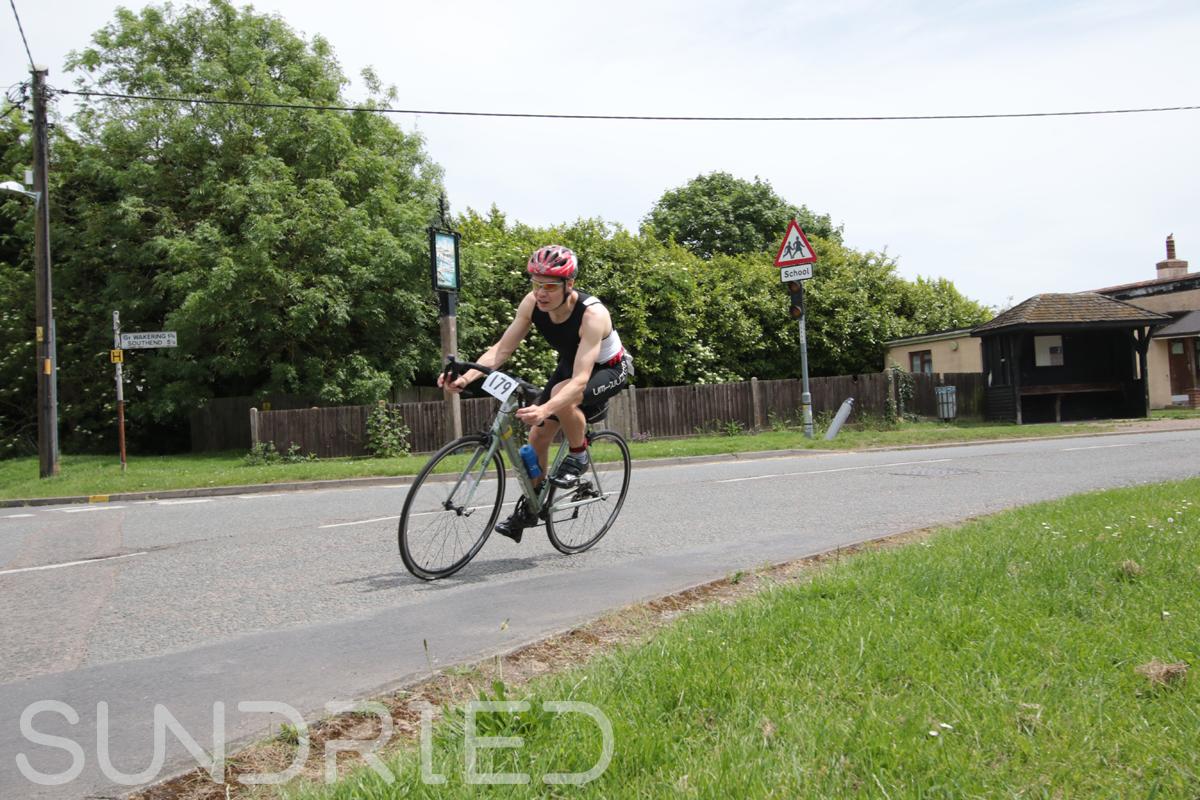 Southend-Triathlon-Cycle-Photos-in-Barling-Corner-118.jpg