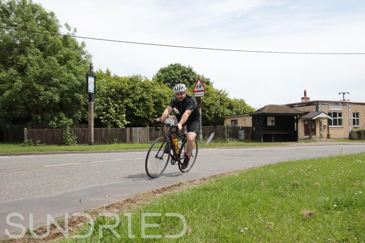 Southend-Triathlon-Cycle-Photos-in-Barling-Corner-121.jpg