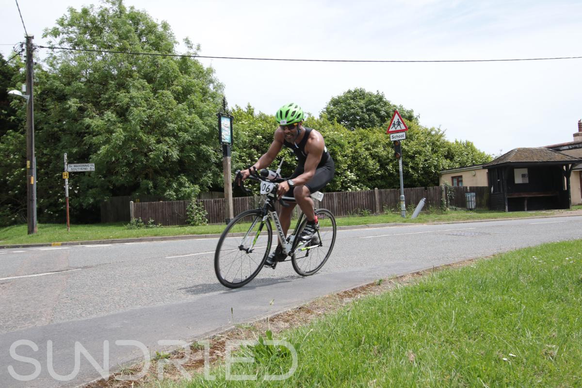Southend-Triathlon-Cycle-Photos-in-Barling-Corner-123.jpg