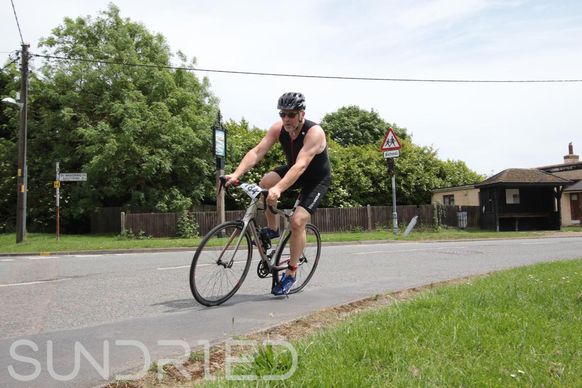 Southend-Triathlon-Cycle-Photos-in-Barling-Corner-124.jpg