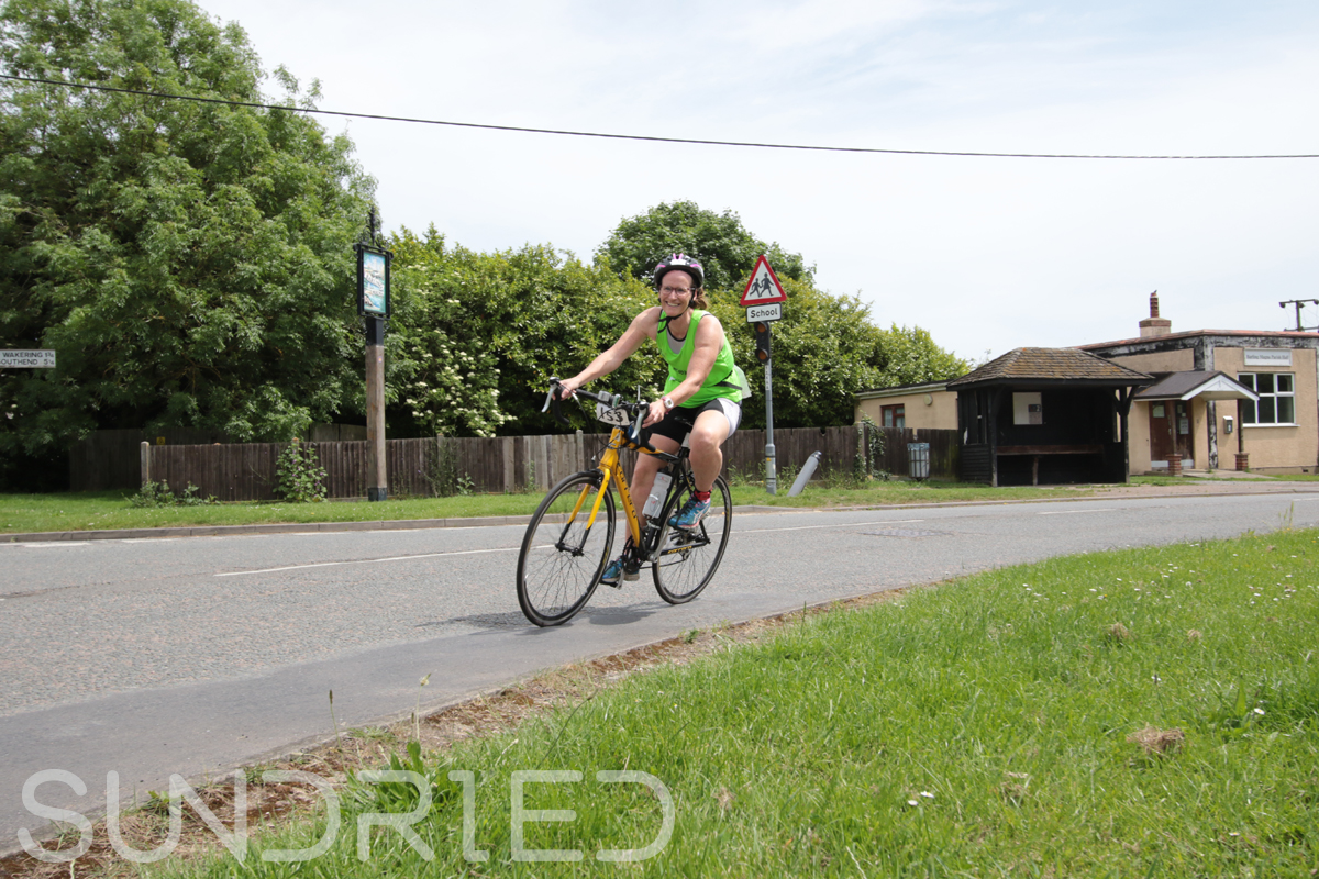 Southend-Triathlon-Cycle-Photos-in-Barling-Corner-128.jpg