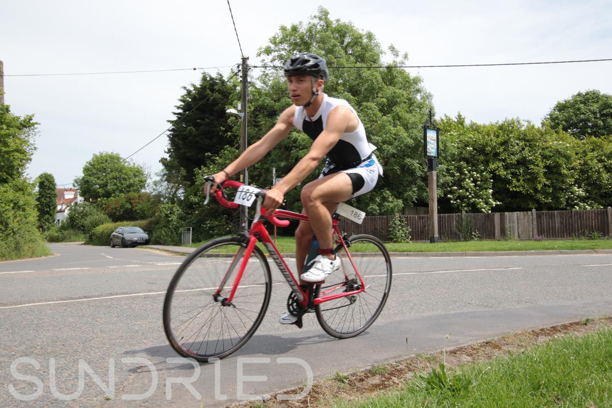 Southend-Triathlon-Cycle-Photos-in-Barling-Corner-129.jpg