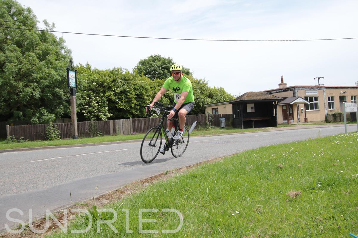 Southend-Triathlon-Cycle-Photos-in-Barling-Corner-130.jpg