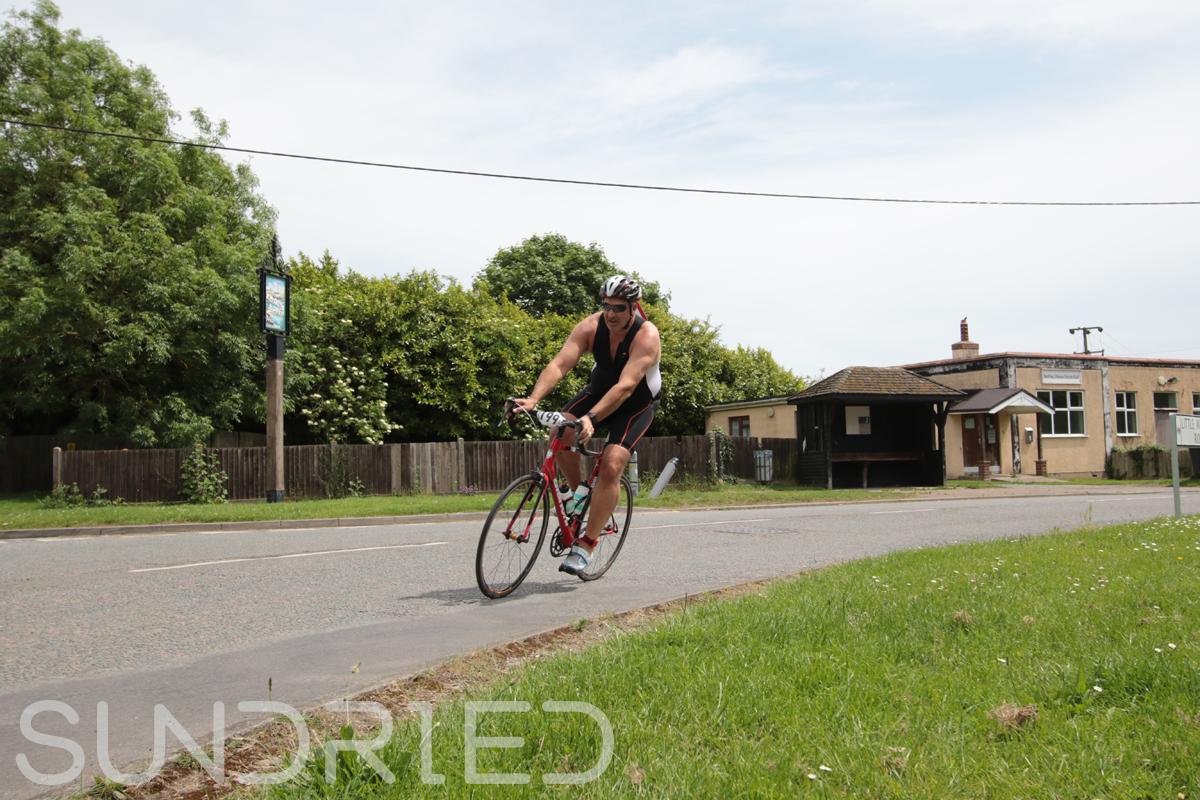 Southend-Triathlon-Cycle-Photos-in-Barling-Corner-132.jpg