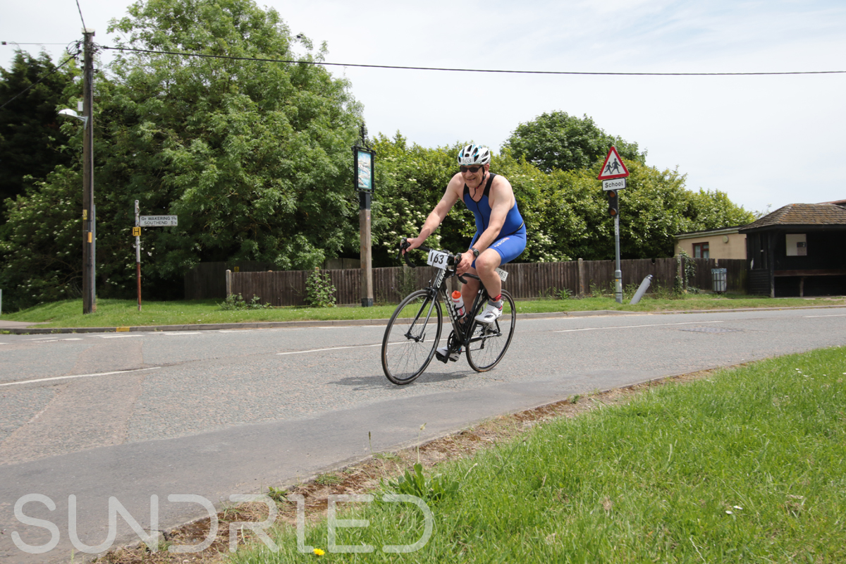 Southend-Triathlon-Cycle-Photos-in-Barling-Corner-135.jpg