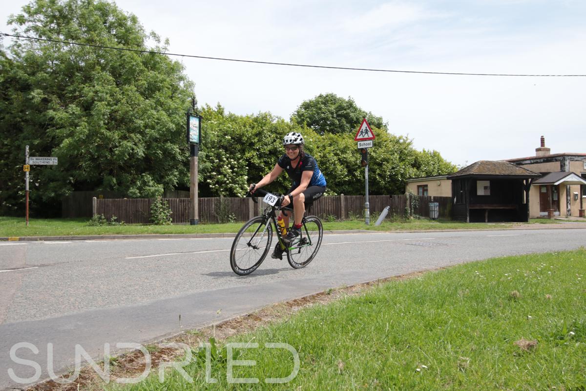 Southend-Triathlon-Cycle-Photos-in-Barling-Corner-136.jpg