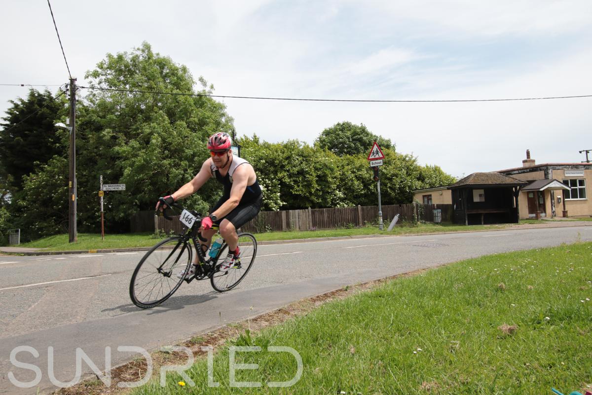 Southend-Triathlon-Cycle-Photos-in-Barling-Corner-141.jpg