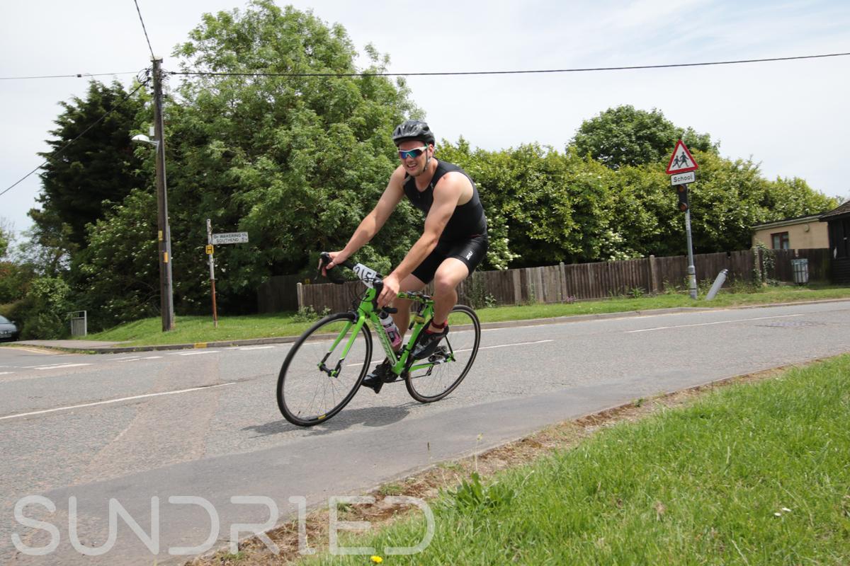 Southend-Triathlon-Cycle-Photos-in-Barling-Corner-145.jpg