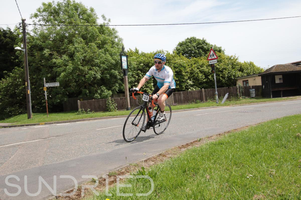Southend-Triathlon-Cycle-Photos-in-Barling-Corner-153.jpg