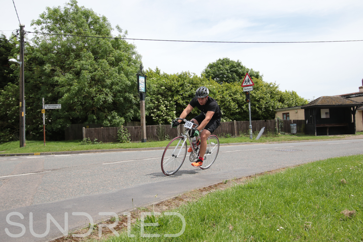 Southend-Triathlon-Cycle-Photos-in-Barling-Corner-162.jpg