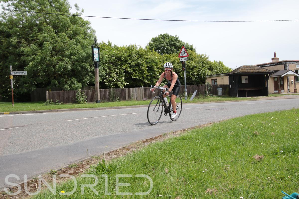 Southend-Triathlon-Cycle-Photos-in-Barling-Corner-163.jpg